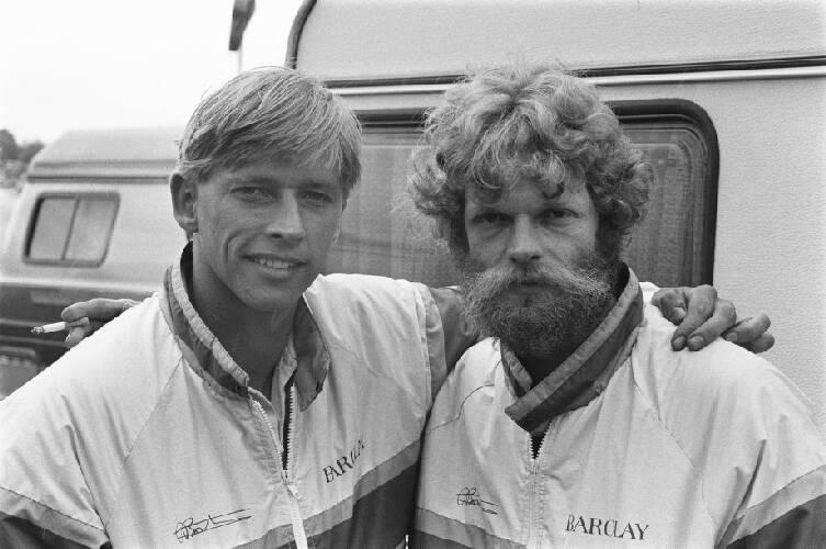 TT van Assen, zijspanrace; Egbert Streuer (r) en links Bernard Schnieders , kopp…