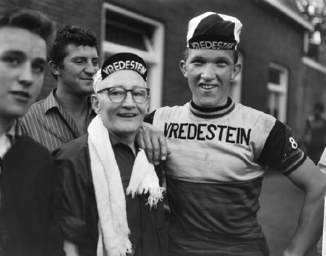 Olympiatoer, finish te Veldhoven, Jos van der Vleuten