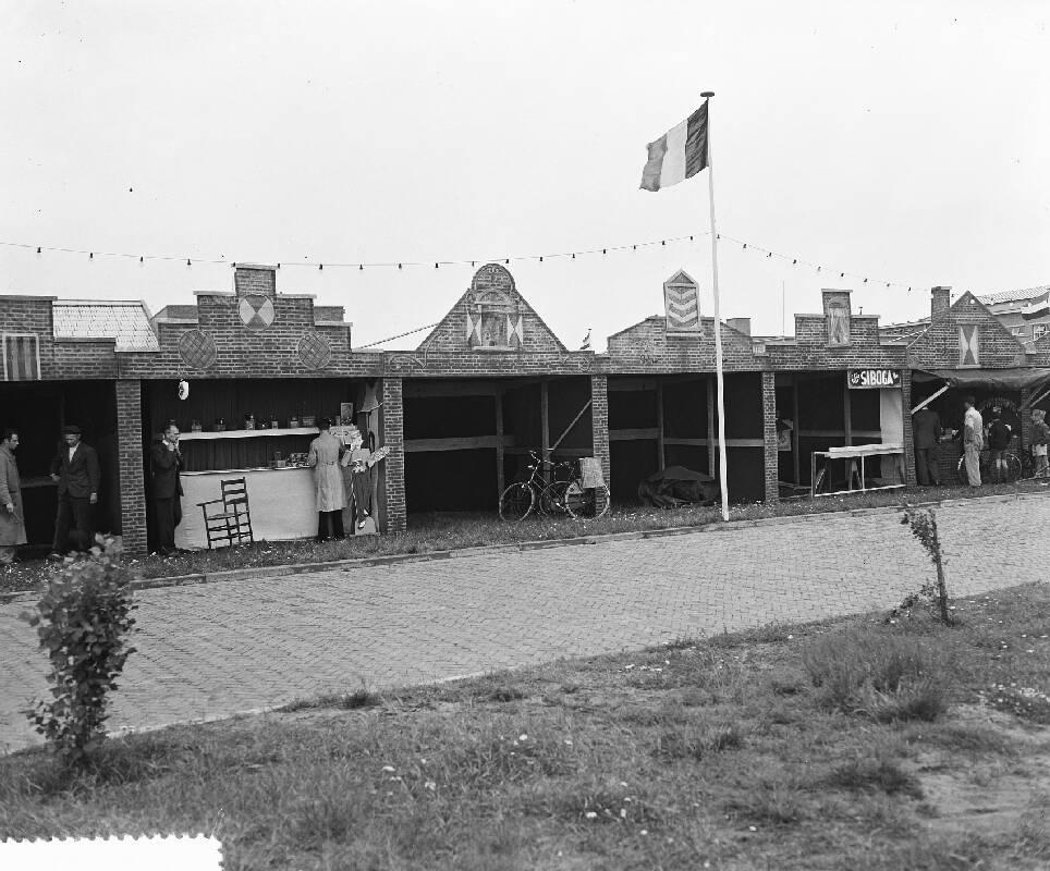 Haven Van Huizen : Jarig bestaan haven van huizen met oude hollandse macht